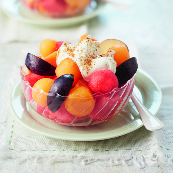 What is quark? Fruit salad quark recipe. Slimming World blog.
