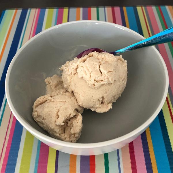 Peanut butter and cinnamon ice cream-Slimming World blog