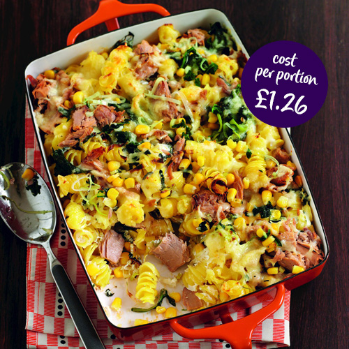 tuna pasta bake-budget-friendly meal ideas-slimming world blog