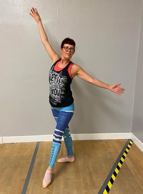 Jackie Rogerson dancing-stress-busting activity-slimming world blog