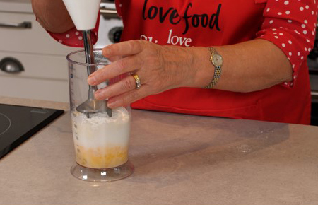 Whisking mixture-Slimming World Yorkshire puddings-Slimming World blog
