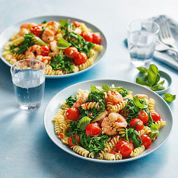 Prawn, tomato and chilli pasta in bowls-chilli prawn pasta-slimming world blog