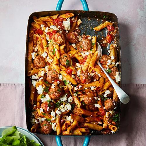 slimming world meatball pasta bake