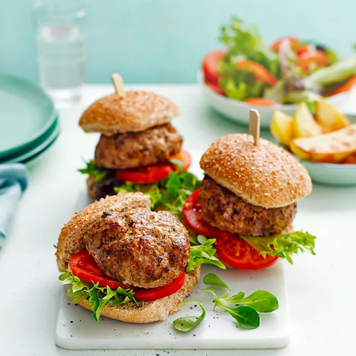 Slimming World pork and apple burgers