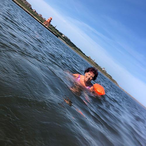 Slimming World member Alison swimming