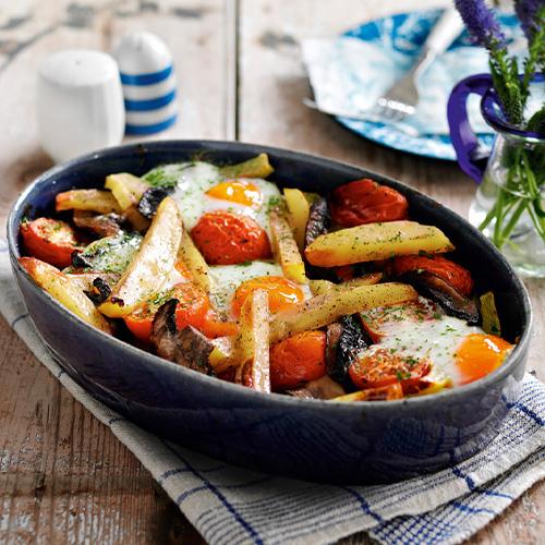 Egg, tomato, mushroom and chip bake in baking tray-student recipes-slimming world blog
