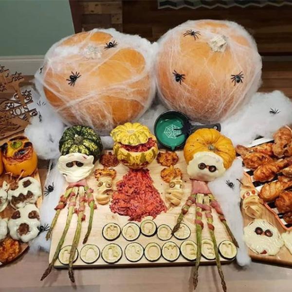Halloween party food spread-Halloween movies-slimming world blog